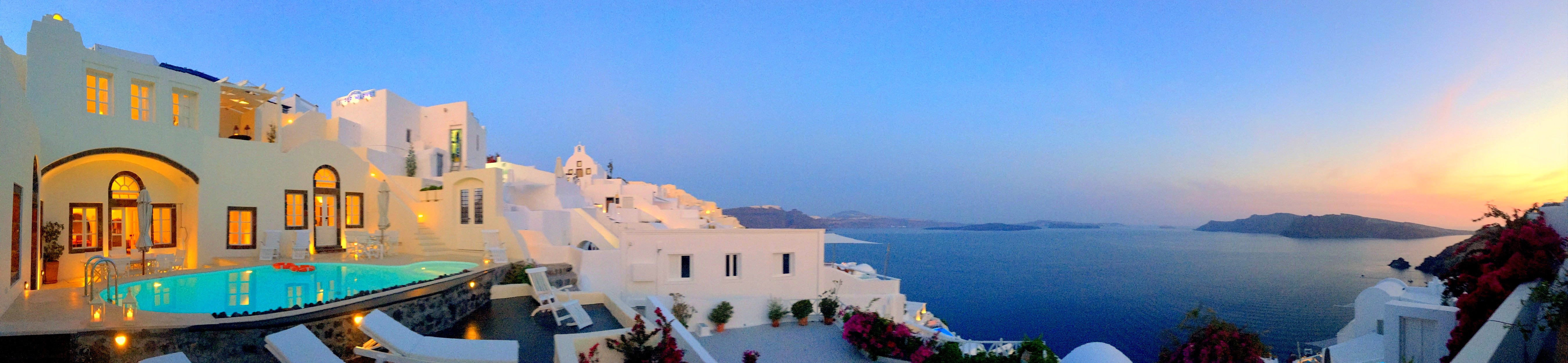 Panoramic view of the romantic sunset.